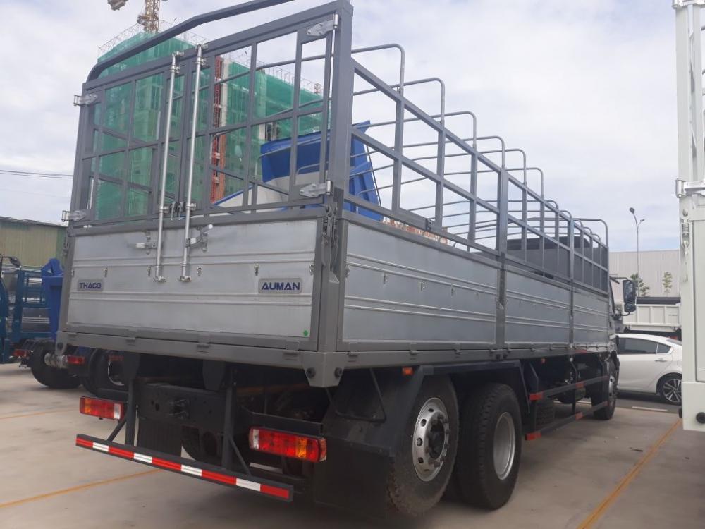 Bán xe Thaco Auman 3 chân C1500 đời 2017 tải 15 tấn, 1 cầu rút, trả góp