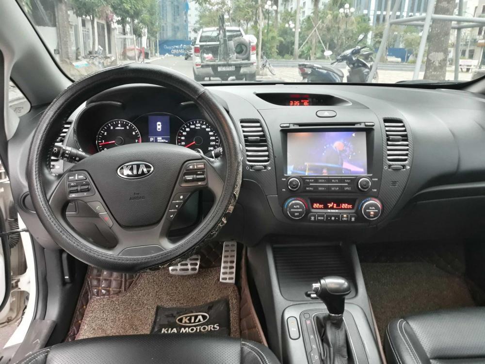 Bán xe Kia K3 năm 2015