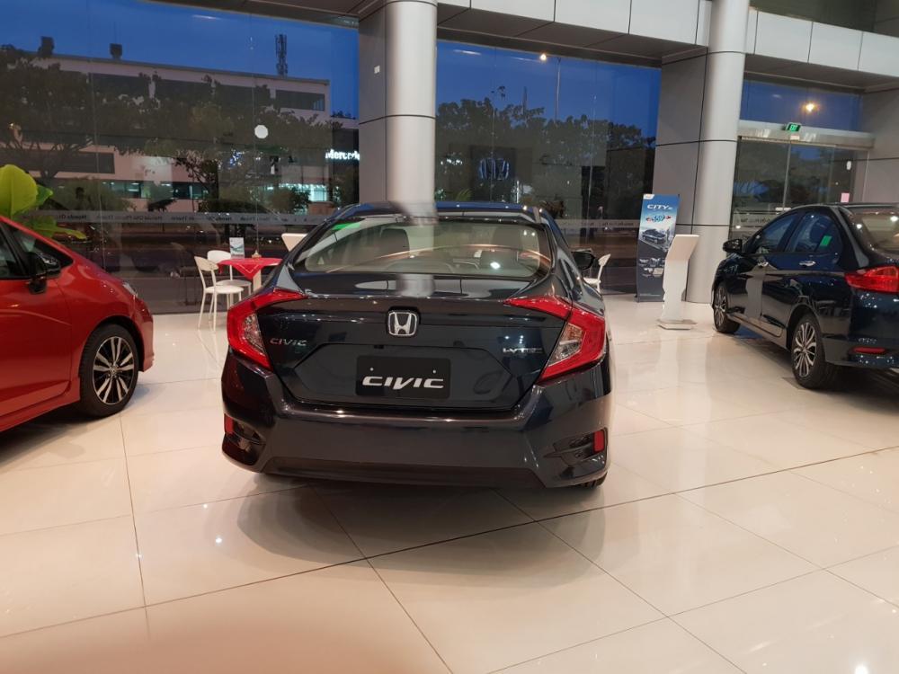 Honda Civic 1.8 giao ngay, liên hệ 0906 756 726 để được báo giá tốt nhất và nhanh nhất