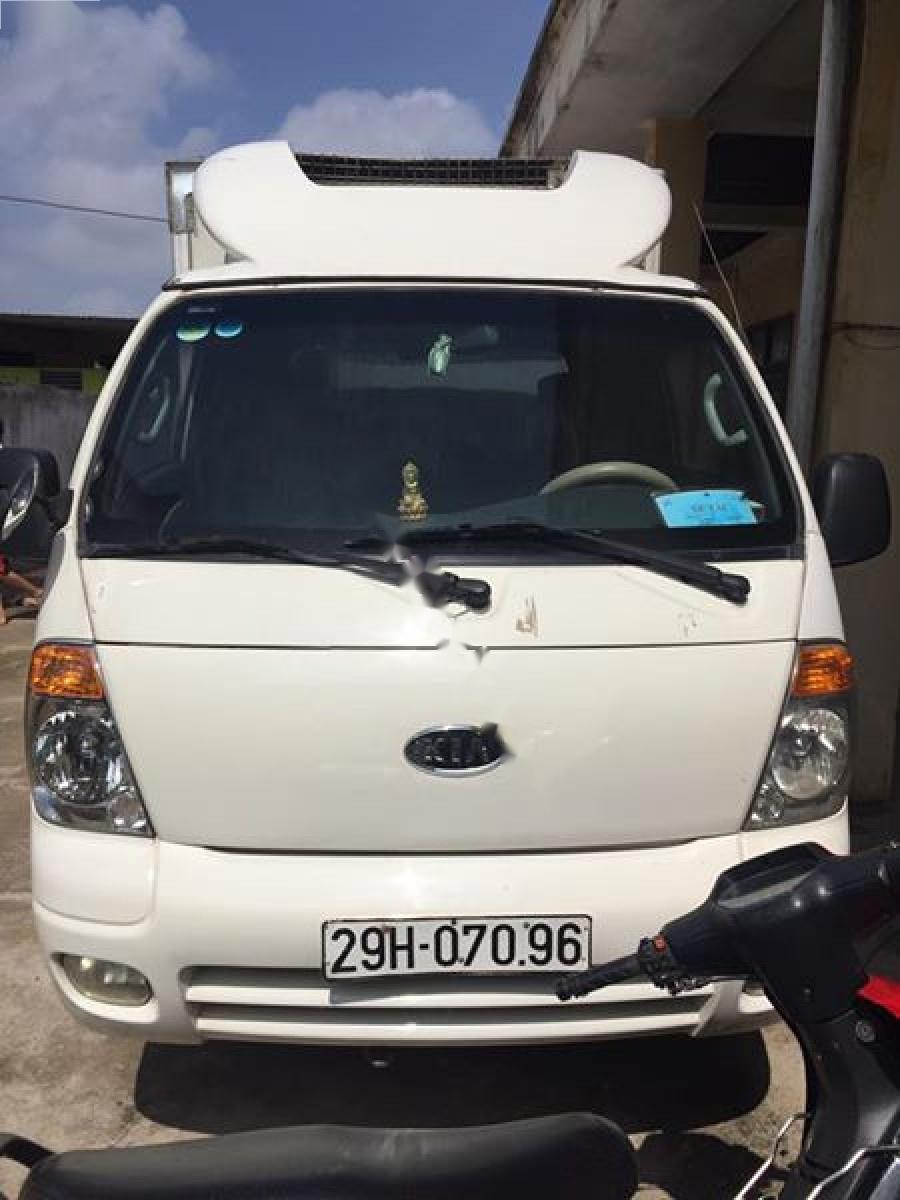 Cần bán xe Kia Bongo 2007, màu trắng, xe nhập