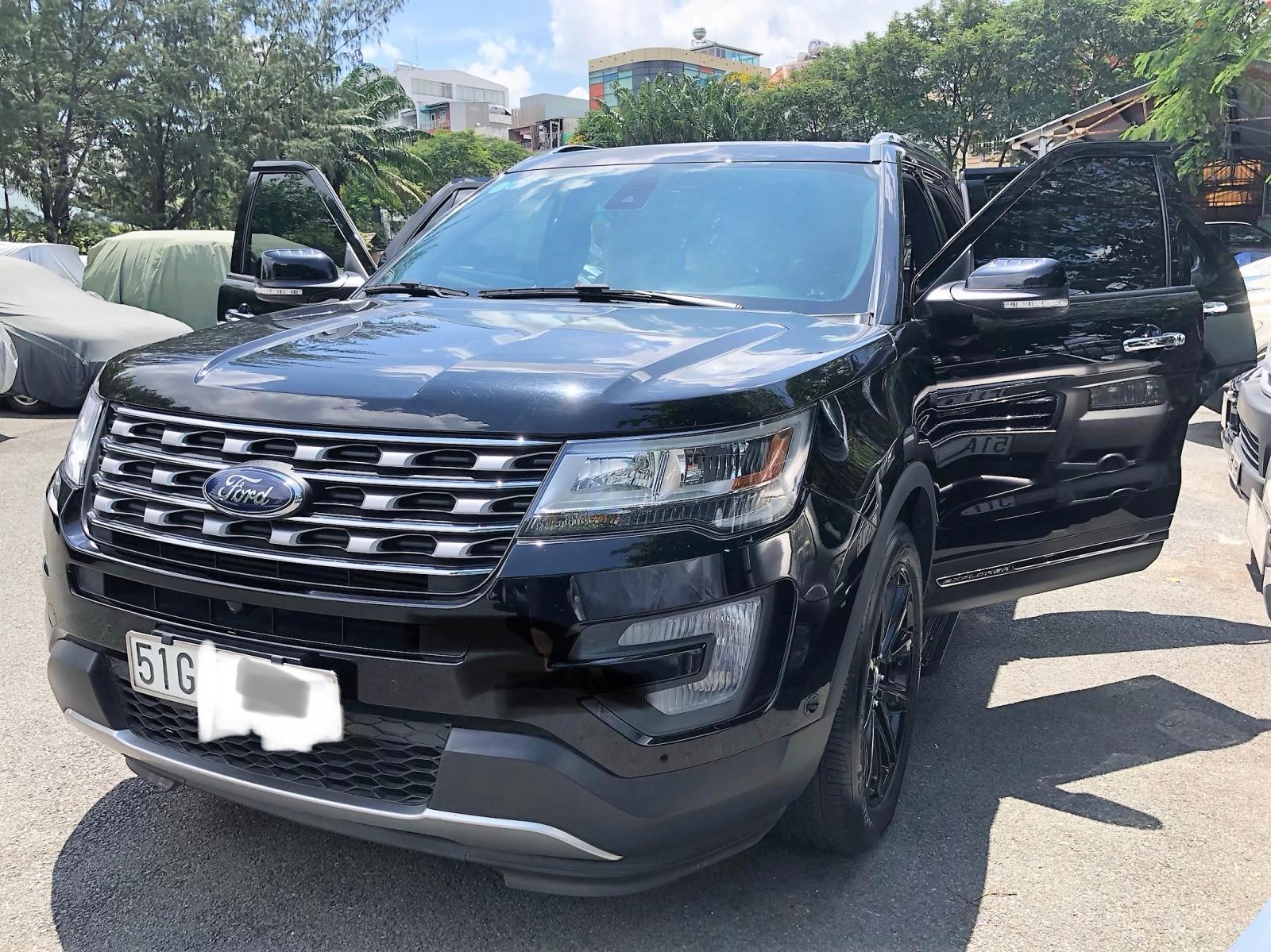Bán Ford Explorer 2018