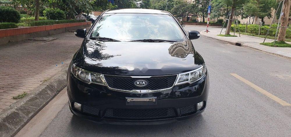 Cần bán gấp xe cũ Kia Forte đời 2011, màu đen