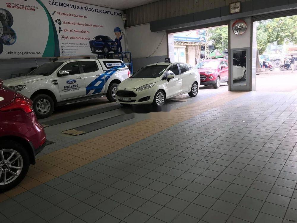 Bán xe Ford Fiesta năm 2016, màu trắng