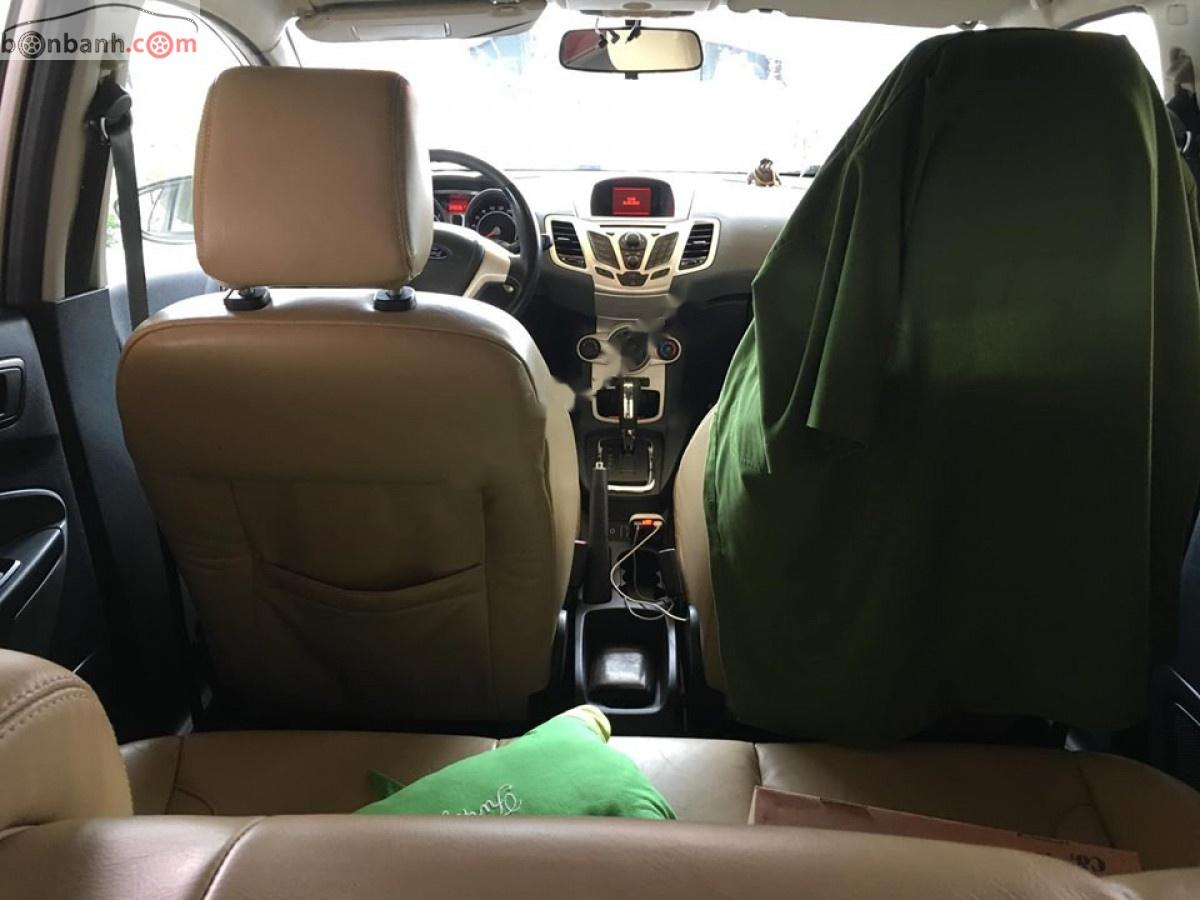 Bán Ford Fiesta S đời 2011, màu vàng