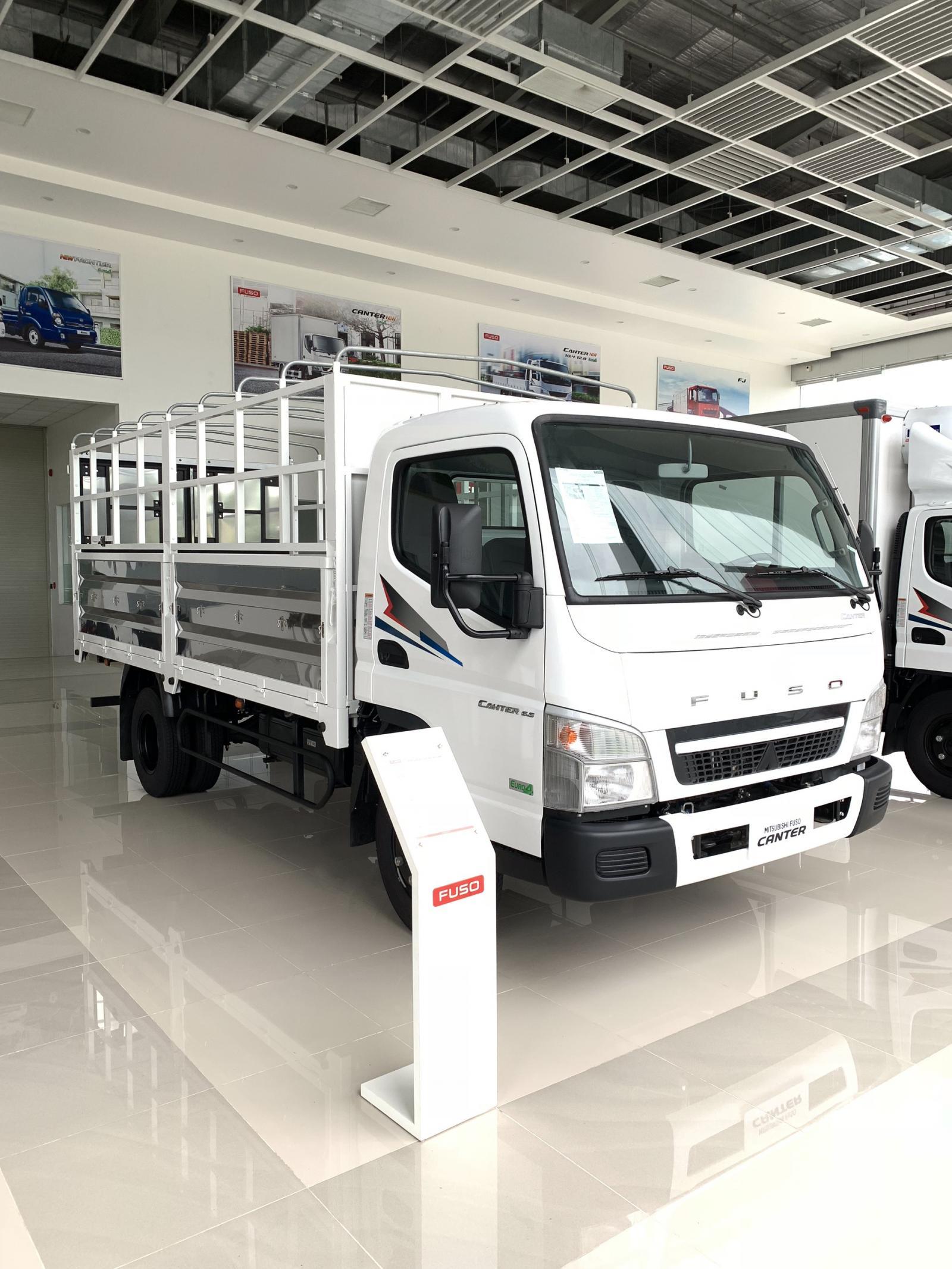 Xe tải Mitsubishi FUSO CANTER 6.5 tải trong 3,4T
