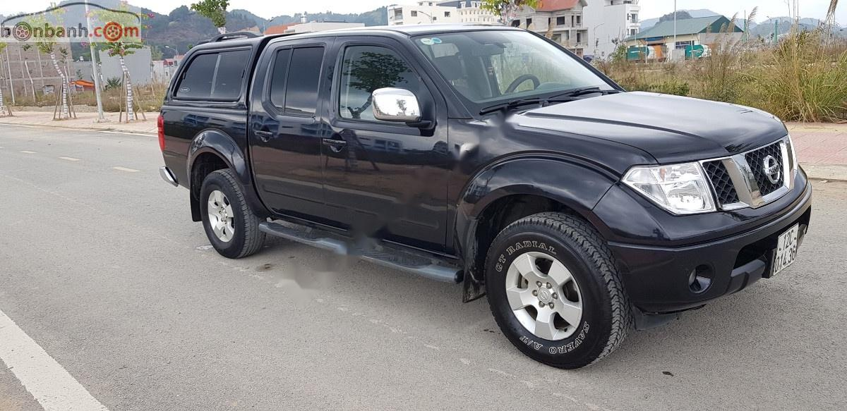 Cần bán gấp Nissan Navara LE 2.5MT 4WD 2012, màu đen, nhập khẩu