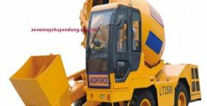 Bán xe trộn bê tông tự hành tự cấp liệu 3.5 m3   giá 300 triệu tại Hà Nội