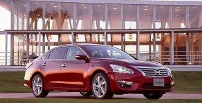 Cần bán Nissan Teana SL đời 2017, màu đỏ giá 1 tỷ 490 tr tại Hà Nội