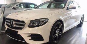 Cần bán xe Mercedes E300 AMG đời 2017, màu trắng giá 2 tỷ 769 tr tại Tp.HCM