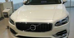 Cần bán xe Volvo S90 năm 2017, màu trắng, nhập khẩu nguyên chiếc giá 2 tỷ 600 tr tại Tp.HCM