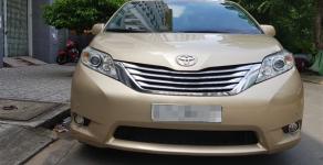Cần bán xe Toyota Siena Limeted đời 2010, nhập khẩu giá 1 tỷ 820 tr tại Tp.HCM