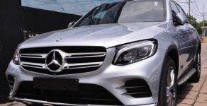 Bán xe Mercedes GLC 300 màu bạc giá tốt. Giao xe ngay giá 2 tỷ 209 tr tại Hà Nội