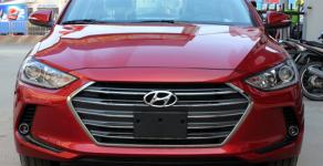 Elantra 1.6 AT 2018 xe có sẵn tại showroom, hỗ trợ vay 90% giá 635 triệu tại Tp.HCM
