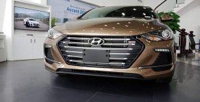 200tr nhận xe Elantra 1.6 Turbo, vay 85% lãi suất tốt, nhiều ưu đãi giá 739 triệu tại Tp.HCM