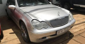 Bán xe Mercedes sản xuất 2002 như mới giá 220 triệu tại Gia Lai