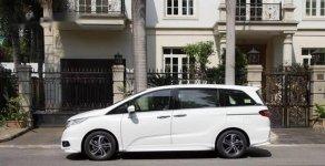 Cần bán xe Honda Odyssey sản xuất năm 2011, màu trắng, nhập khẩu nguyên chiếc giá 1 tỷ 680 tr tại Tp.HCM