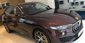 Cần bán xe Maserati Levante, màu nâu, chính hãng. Liên hệ: 0978877754 hộ trợ tốt nhất giá 7 tỷ 910 tr tại Tp.HCM