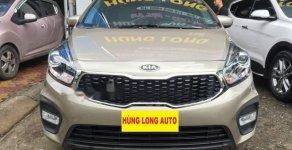 Bán xe Kia Rondo 2.0MT năm 2018, màu vàng, giá chỉ 590 triệu giá 590 triệu tại Hà Nội