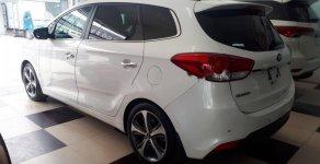 Bán Kia Rondo 2.0AT 2016, trắng máy xăng, xe đăng ký tên tư nhân giá 596 triệu tại Hà Nội