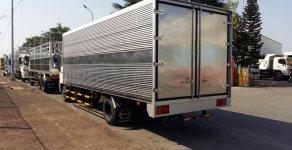 Xe tải  Hino 6 tấn thùng kín 7.2m, đời 2018, màu trắng giá 990 triệu tại Hà Nội