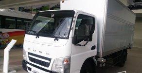 Bán xe tải 2.1 tấn Mitsubishi Fuso Canter 4.99 thùng kín, màu trắng, đời mới 2018, hỗ trợ trả góp giá 585 triệu tại Tp.HCM