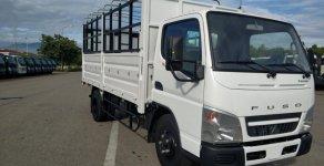 Xe tải Fuso Canter4.99 2.2 tấn đời 2018, có máy lạnh theo xe. Hỗ trợ mua xe trả góp  giá 597 triệu tại Tp.HCM