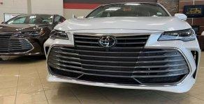 Bán Toyora Avalon Limited 2018, màu trắng, nhập Mỹ giá 3 tỷ 950 tr tại Hà Nội