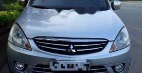 Cần bán Mitsubishi Zinger năm 2010, màu bạc, giá 365tr giá 365 triệu tại Tp.HCM
