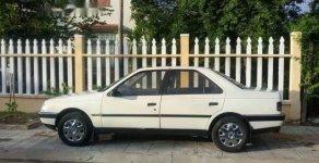 Cần bán Peugeot 405 năm sản xuất 1989, màu trắng giá 40 triệu tại Quảng Nam