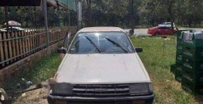 Bán xe Toyota Corona năm 1985, màu trắng giá cạnh tranh giá 25 triệu tại Bình Dương