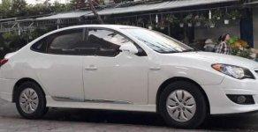 Cần bán xe Hyundai Avante 1.6 MT năm 2011, màu trắng xe gia đình, giá 349tr giá 349 triệu tại Long An