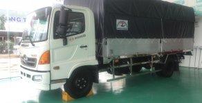 Bán xe tải mui bạt Nhật Bản Hino FC9JJSW, giá tốt chương trình khuyến mãi hấp dẫn giá 939 triệu tại Đà Nẵng
