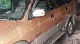 Cần bán gấp Isuzu Hi Lander năm sản xuất 2008, lốp mới cả dàn giá 300 triệu tại Thanh Hóa