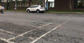 Cần bán xe Hyundai Santa Fe đời 2017, màu trắng chính chủ giá 1 tỷ 40 tr tại Tp.HCM