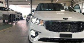 Bán Kia Sedona năm sản xuất 2018, màu trắng giá 1 tỷ 129 tr tại Tp.HCM