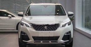 Cần bán Peugeot 5008 đời 2018, màu trắng, mới 100% giá 1 tỷ 399 tr tại Tp.HCM