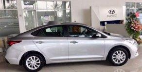 Bán ô tô Hyundai Accent MT Base năm sản xuất 2018, màu bạc, giao xe ngay giá 435 triệu tại Bình Dương