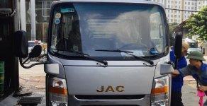 Bán xe Tải Jac 2T4 thùng mui bạt, chạy trong thành phố, giá khuyến mãi giá 300 triệu tại Tp.HCM