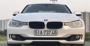 Bán BMW 320i 2013, đăng kí 2014 giá 860 triệu tại Tp.HCM