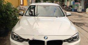 Bán xe cũ BMW 3 Series 320i 2013, màu trắng, nhập khẩu nguyên chiếc giá 850 triệu tại Tp.HCM