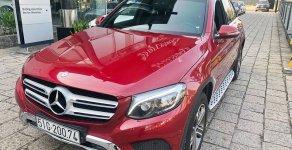 Bán xe Mercedes GLC250 4Matic màu đỏ cũ chính hãng đời 2016 giá 1 tỷ 738 tr tại Tp.HCM