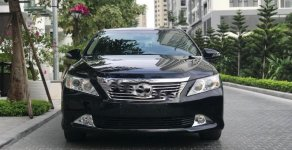 Cần bán xe Toyota Camry đời 2015, màu đen, giá tốt giá 980 triệu tại Hà Nội