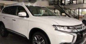 Bán xe Mitsubishi Outlander 2.4 CVT Premium sản xuất năm 2018, màu trắng giá 1 tỷ 49 tr tại Hà Nội