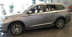 Bán ô tô Mitsubishi Outlander CVT năm 2018, màu xám (ghi), giao ngay giá 909 triệu tại Hà Nội