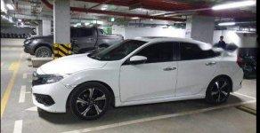 Cần bán Honda Civic 1.5 Tubor đời 2017, màu trắng, nhập khẩu chính chủ, giá 880tr giá 880 triệu tại Hà Nội