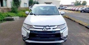 Cần bán Mitsubishi Outlander 2.0 CVT sản xuất 2018, màu trắng giá 808 triệu tại Hải Phòng