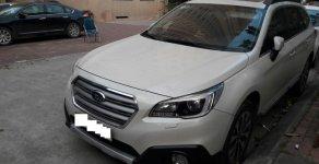 Bán xe Subaru Outback đời 2016 màu trắng nhập khẩu vào tháng 10/2017 mới 95% giá 1 tỷ 600 tr tại Hà Nội