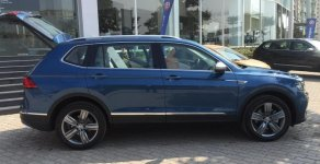 Bán Volkswagen Tiguan 2018, màu xanh lam, nhập khẩu nguyên chiếc giá 1 tỷ 699 tr tại Hà Nội