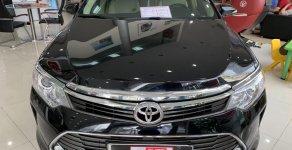 Bán Toyota Camry 2.0E đời 2015, ĐK 2016, màu đen, đẳng cấp giá 923 triệu tại Tp.HCM