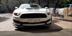 Bán Ford Mustang 2.3 sản xuất 2015, màu trắng, xe nhập chính chủ giá 1 tỷ 900 tr tại Tp.HCM